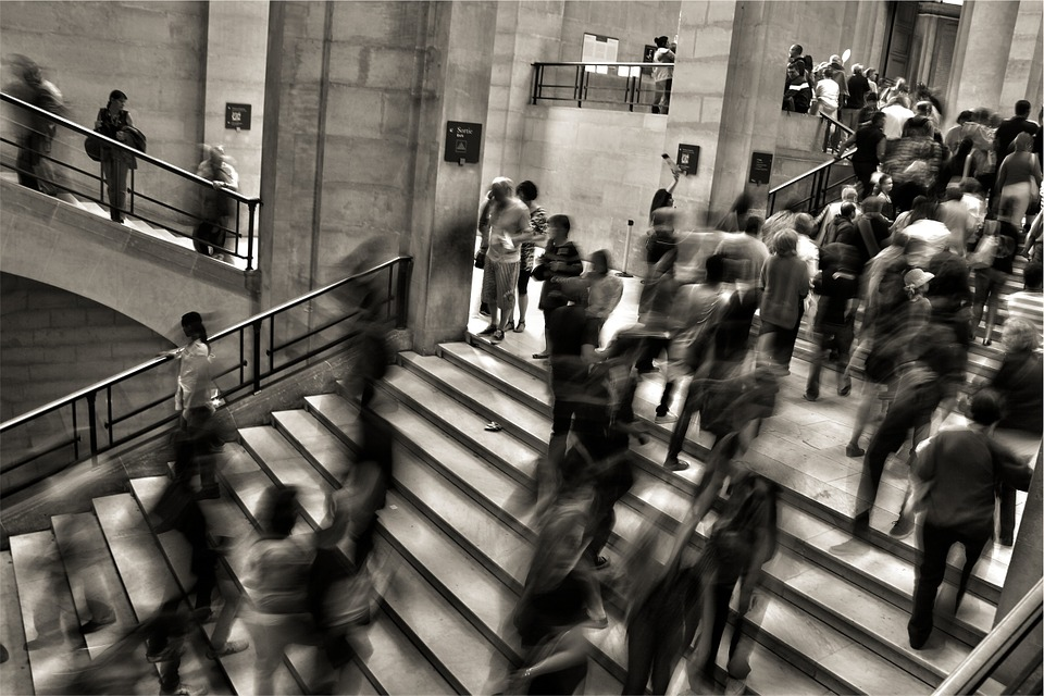 l'anxiété au travail, foule, monde, stress